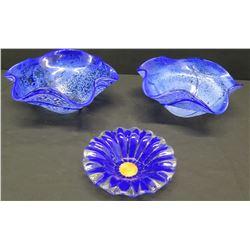 Qty 3 Decoratve Cobalt Blue Sydenstricker Glass Bowls