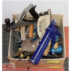 BOX OF ASSORTED TOOLS INCL HAND SANDER, CAULKING