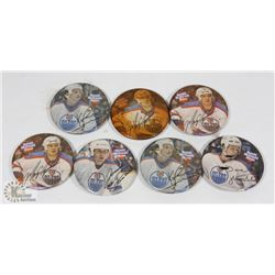 VINTAGE OILERS PINS WITH SIGNATURES