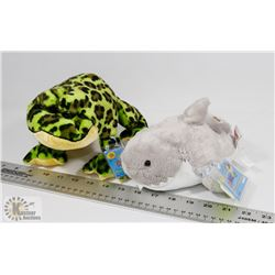 WEBKINZ SHARK PLUSH (HM382) WITH BULLFROG PLUSH