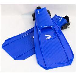 NEW IST SZ LARGE BLUE SCUBA FLIPPERS