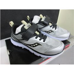 New pair Boy's Running Shoes size 3m