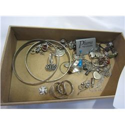 TRAY OF STERLING SILVER JEWELERY