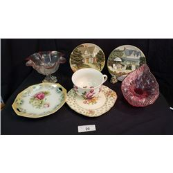 Assorted Porcelain Pieces
