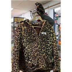 Imitation Cheetah Coat And Hat