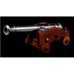 Mina Model of 18th Century Wheeled Cannon