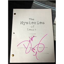 "DEBRA MESSING SIGNED ""THE MYSTERIES OF LAURA"" NBC TV SERIES SCRIPT"