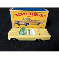Lesney Matchbox 1-75 Series #39 Yellow Pontiac Convertible