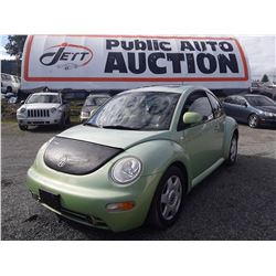 J6 --  2000 VW BEETLE , Green , 233883  KM's