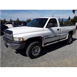 L4 --  2002 DODGE/RAM 2500 , White , 285661  KM's