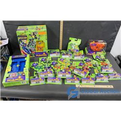 (17) NIB NakNak Toys