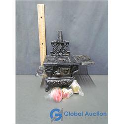 Salesman Sample Wood Cook Stove & Miniature Pails