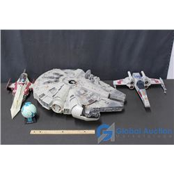 Model Millenium Falcon, Tie Fighters, Naboo Jedi Fight Scene