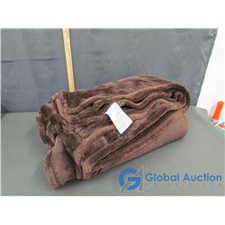 Life-Comfort Large Fuzzy Brown Blanket