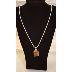 AWESOME 18 CT BRIGHT GOLDEN ORANGE CITRINE PENDANT