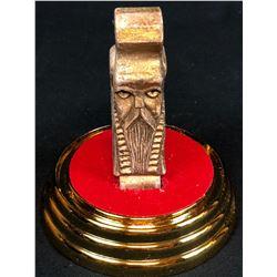 The Hobbit: The Desolation of Smaug (2013) - Erebor Treasure Golden Dwarven Head in Display Case