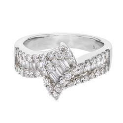 1.04 CTW Diamond Ring 18K White Gold - REF-126F7N