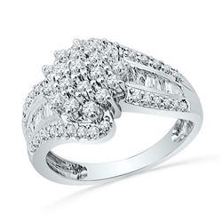 0.96 CTW Diamond Cluster Ring 10KT White Gold - REF-82N4F