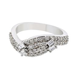 0.67 CTW Diamond Ring 18K White Gold - REF-92F8N