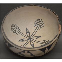 COCHITI INDIAN POTTERY BOWL