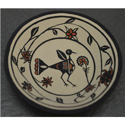 CHEMEHUEVI INDIAN POTTERY PLATE ( NIADI WILDFLOWER )