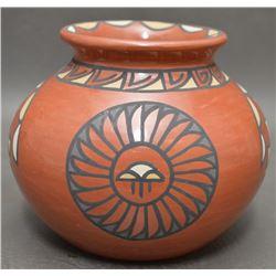 SANTA CLARA INDIAN POTTERY JAR (MINNIE VIGIL )