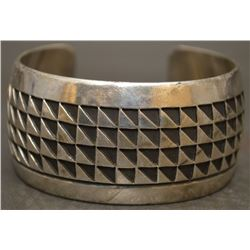 NAVAJO INDIAN BRACELET (SCOTT)