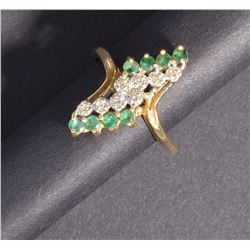 14KT GOLD DIAMOND & EMERALD  LADIES RING