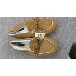 NEW AMERICAN EAGLE OUTFITTERS MEN'S SLIPPERS - CHOICE