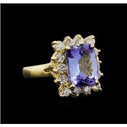 14KT Yellow Gold 5.15 ctw Tanzanite and Diamond Ring