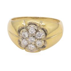 0.5 ctw Diamond Ring - 14KT Yellow Gold