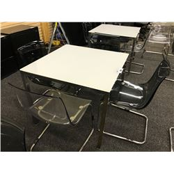 36'' SQUARE LUNCH ROOM TABLE WITH 4 CHAIRS(PLEASE PREVIEW)