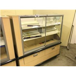 MAPLE AND ALUMINUM GLASS FRONT DOUBLE SIDED RETAIL DISPLAY CASE, NO KEY