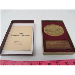 JOHN DEERE CALENDAR MEDALLION (1996) *FEATURING 1935 MODEL D* & (1995 8400 TRACTOR)