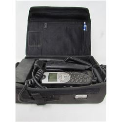 MOTOROLA PORTABLE PHONE (BATTERY) *CASE*