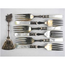 Estate - 7pc MOP Flatware