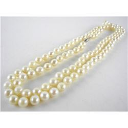 "14kt Gold Clasp - 30.00"" Opera Length Strand Pear"