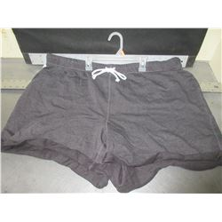 New Fleece Shorts / size 3 XL with drawstring / dark grey