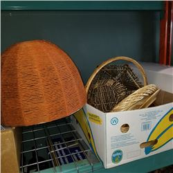 LOT OF WICKER AND RETRO LAMP SHADE