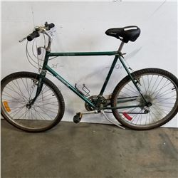 15 SPEED GREEN SUTEKI MOUNTAIN BIKE