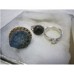 LOT OF 3 SILVER RINGS ONE W/ DROOZY QUARTZ