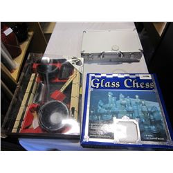 SUSHI SET, CHESS SET, AND POKER SET