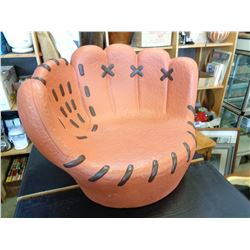 KIDS BASEBALL GLOVE CERAMIC CHAIR