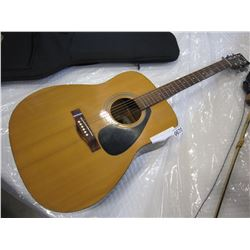 YAMAHA F-350 ACOUSTIC GUITAR