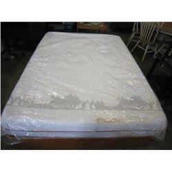 DOUGLAS MEMORY FOAM MATTRESS QUEENSIZE