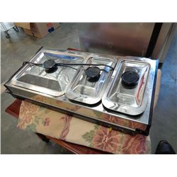 WESTBEND CHAFING DISH WITH 3 COMPARTMENTS