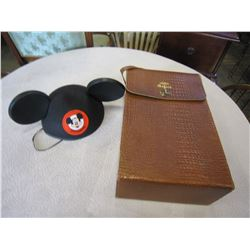 VINTAGER THERMOS BRAND SAFARI SET AND MICKEY MOUSE EARS
