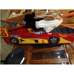 RACE CAR BED FRANE