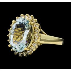 4.45 ctw Aquamarine and Diamond Ring - 14KT Yellow Gold