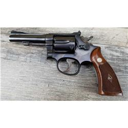 SMITH & WESSON MODEL K22